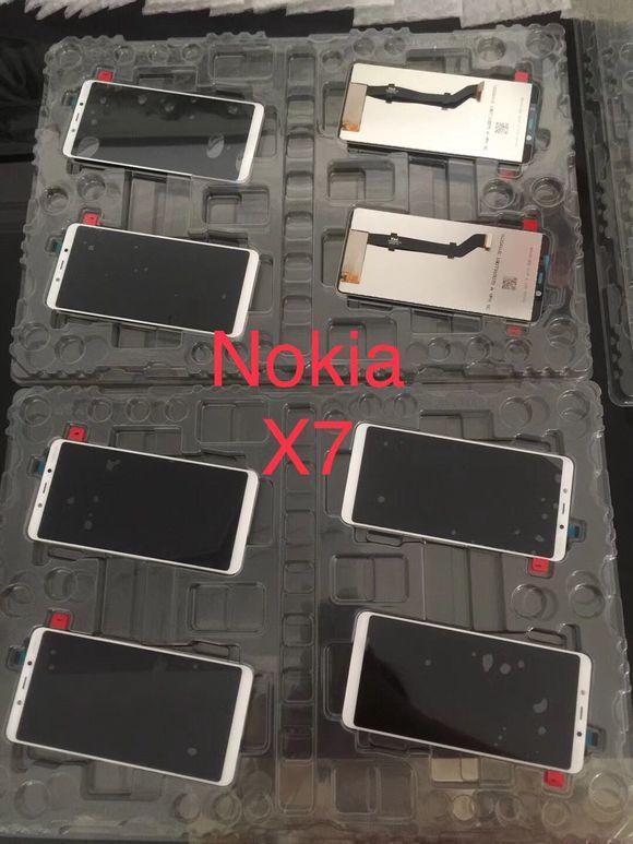 Nokia X7 panel