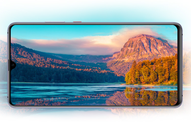 Huawei Mate 20 X with 7.2 inch display